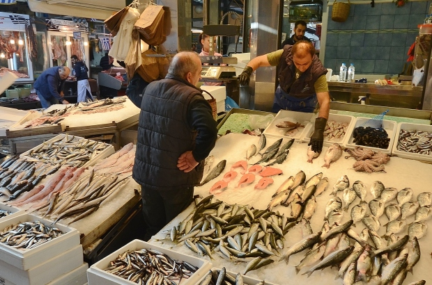 fish-market-marketplace-people-3713